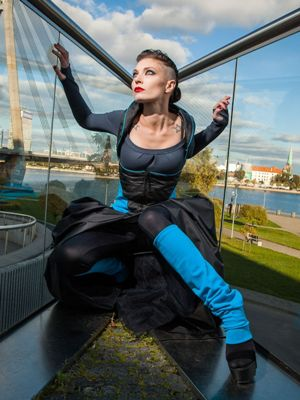 Eva Zolnar Fashion Design