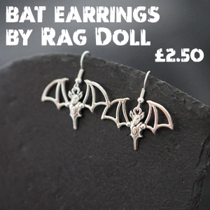 Halloween finds - Bat earrings