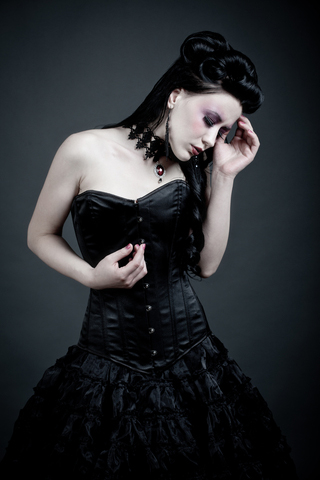 Gothic wedding dress uk