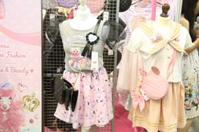 kawaii stalls at hyper japan